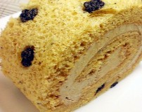 赤玉ロールケーキ