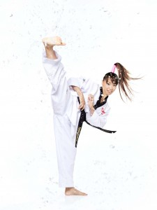 岡本依子蹴り