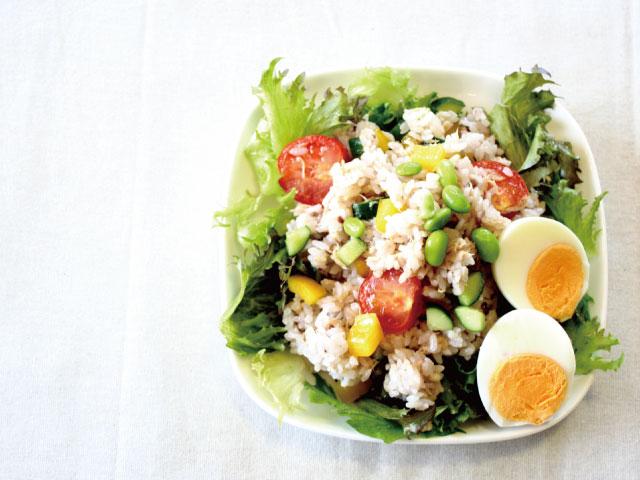 サラダ雑穀ごはん640×480