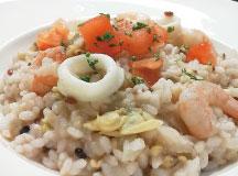 野菜とシーフードの雑穀リゾット