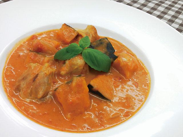 鶏肉とかぼちゃのトマトクリーム煮640×480