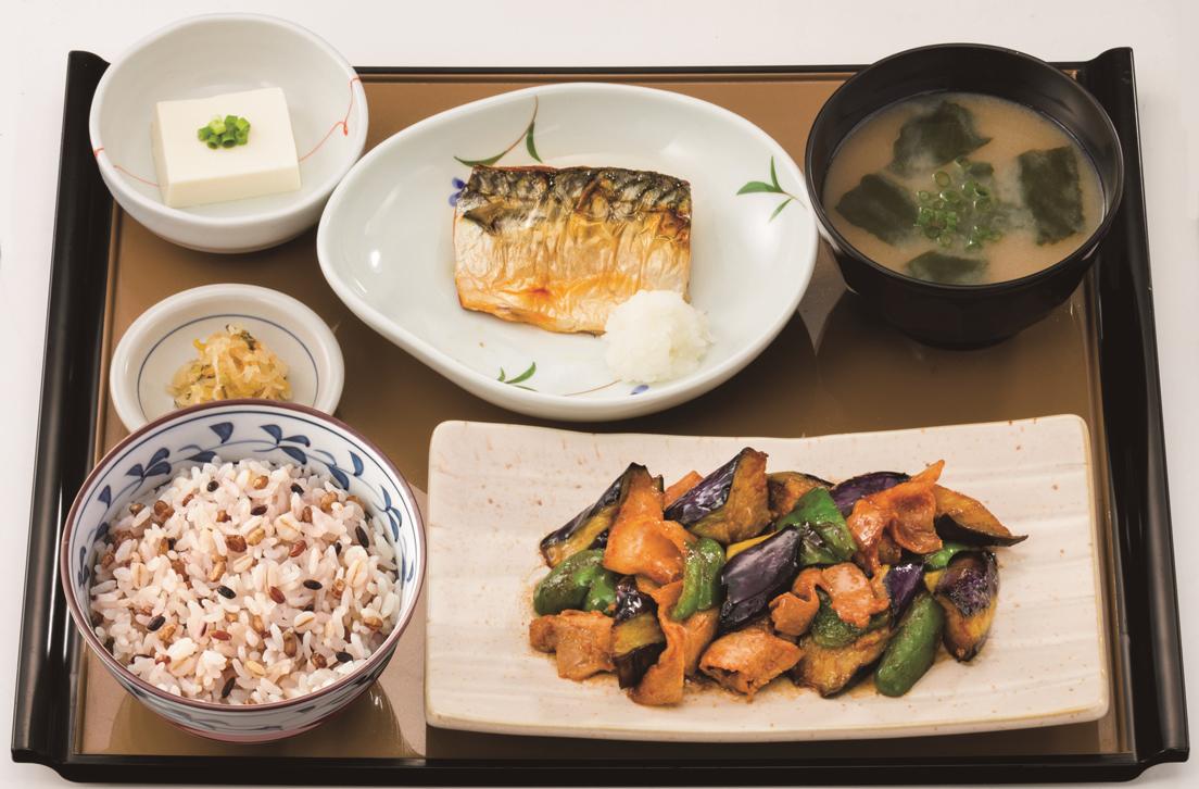 なす味噌と焼魚の定食_もち麦_s